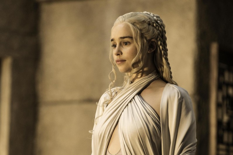 7778893635_emilia-clarke-incarne-daenerys-targaryen-dans-game-of-thrones
